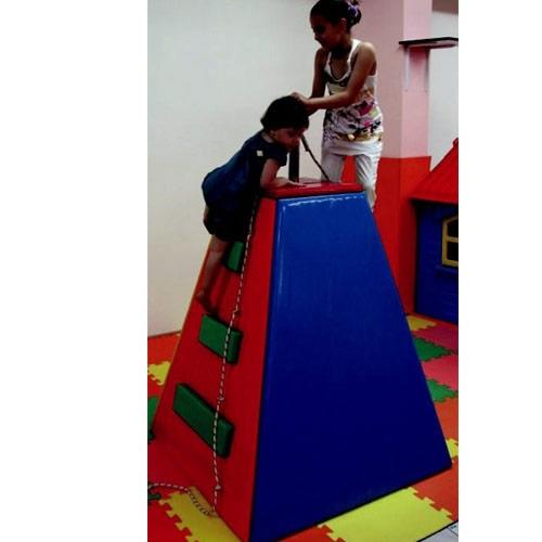 Sünger Piramit Tırmanma
